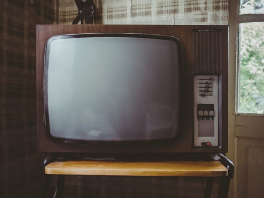 私がテレビを見なくなった理由【洗脳から解き放とう】