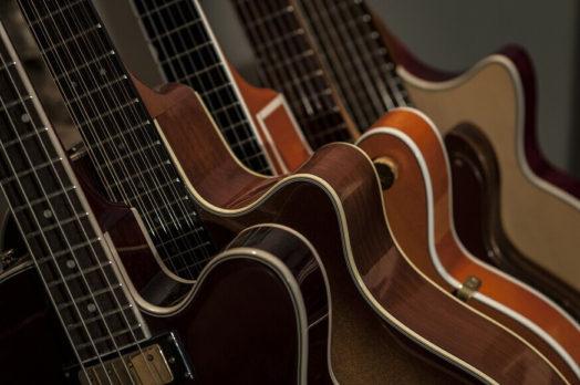 アコギ初心者はヤマハのギターを買うべき