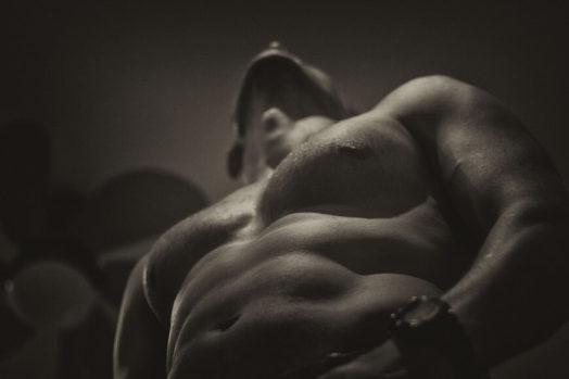 なぜ筋肉を意識しながら筋トレをする必要があるのか?